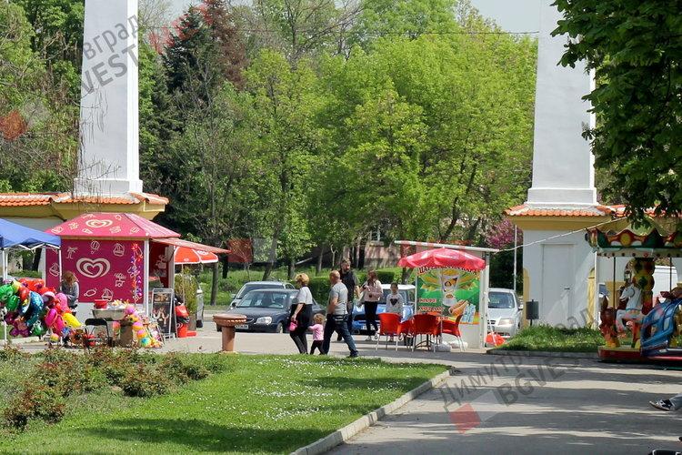 """Кметът се вслуша в мнението на гражданите по темата за парк """"Вапцаров"""""""