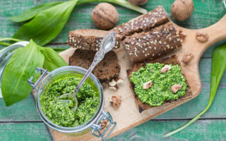 Сега е времето за див чесън - ползи, активни съставки и рецепта