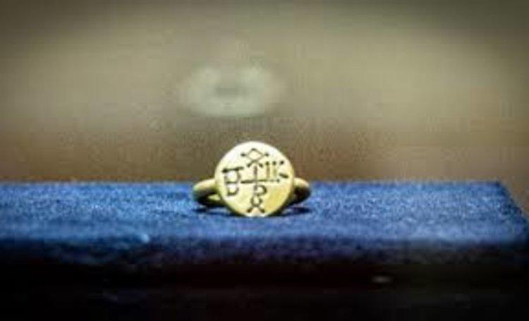 Мечът и пръстенът на хан Кубрат пристигнаха у нас