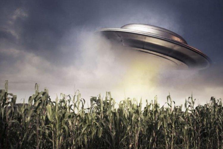 Ловец на НЛО шпионира нова подземна база близо до Зона 51