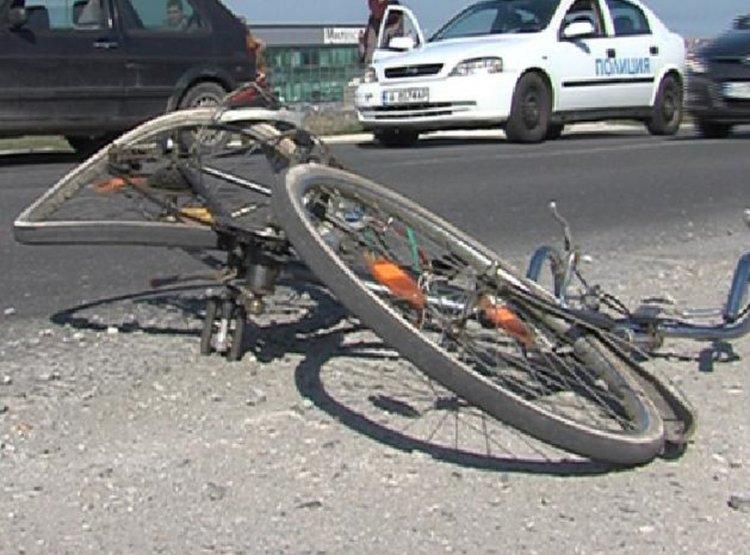 Велосипедист е намерен мъртъв в канавка на главния път в района на село Загорско