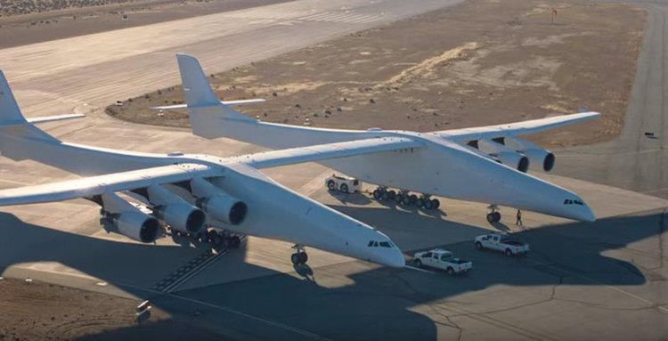 Най-големият самолет в света търси купувач (видео)