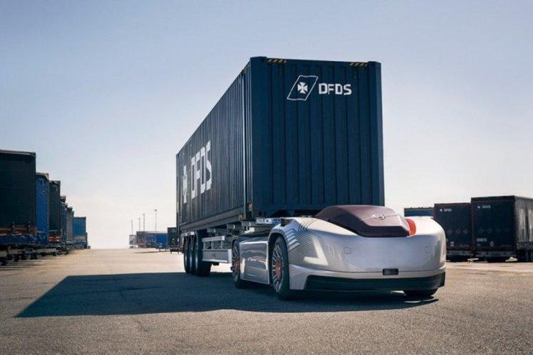 Ето го товарният електрически Volvo Vera без кабина (видео)