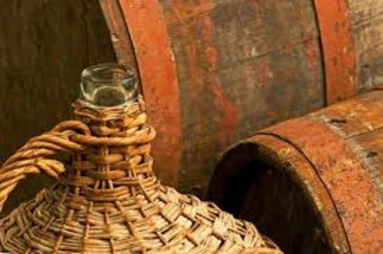 100 литра ракия задигнаха от мазе в Димитровград