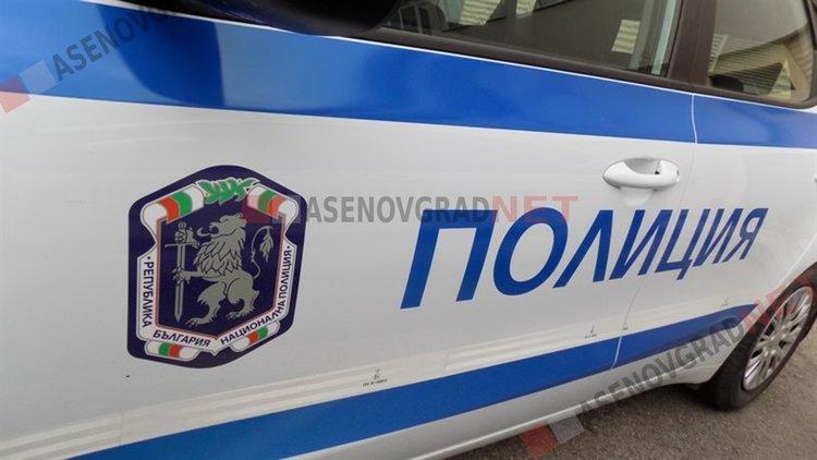 """Блъснаха мотопедист на ул. """"Захари Стоянов"""", кола отнесе жена на пешеходна пътека"""