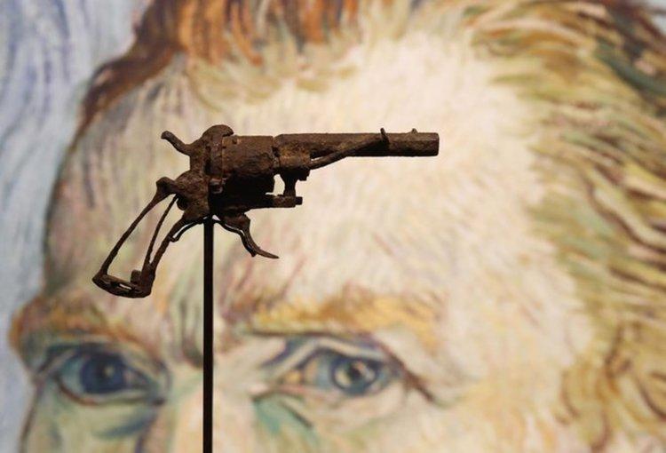 Самоубил ли се е Ван Гог? Търг отново разпалва спора