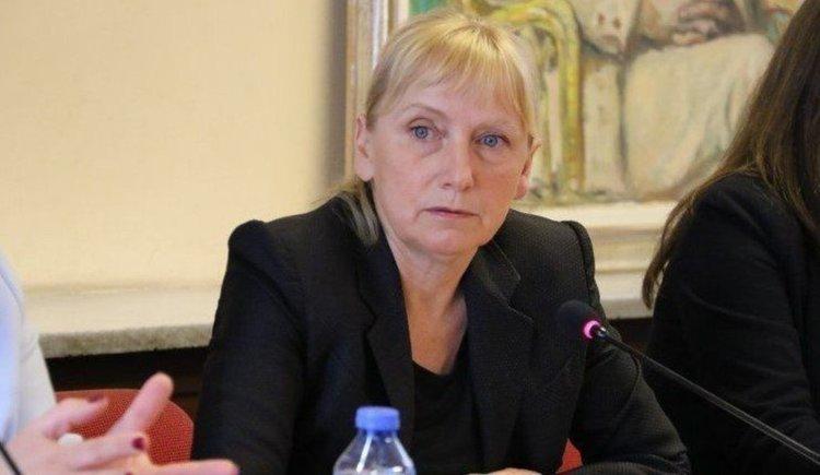 Елена Йончева вече не е депутат