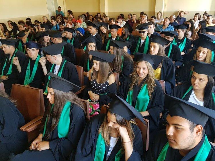Шейсетият випуск на ПГСС получи дипломите си