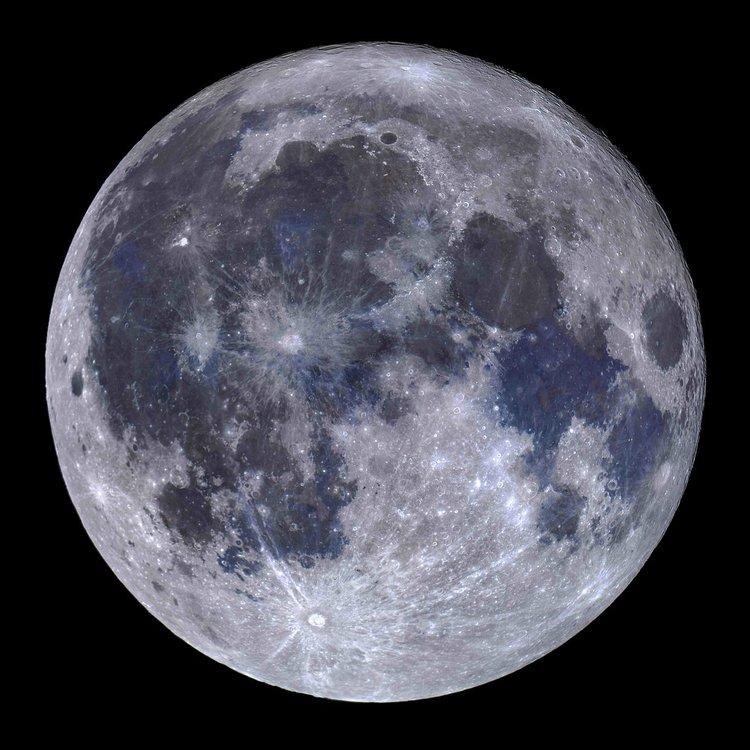 Титаниева Луна. Мигел Кларо