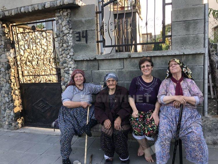 150 пейки подари на жителите на община Джебел предприемач от Църквица /снимки/