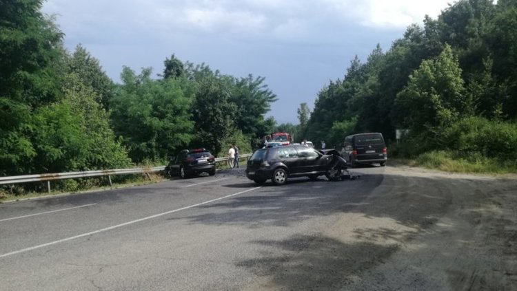Мъртвопиян предизвика катастрофа на входа на Кърджали при Калинка