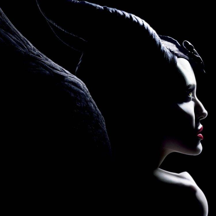 """Анджелина Джоли омагьосва в новия трейлър на """"Господарката на злото 2"""""""