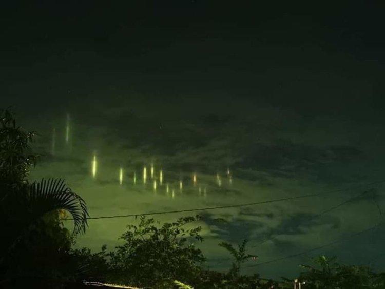 Загадъчни светлини в небето над Филипините