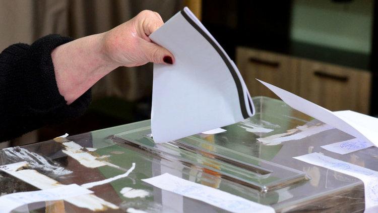 Президентът насрочи местните избори на 27 октомври