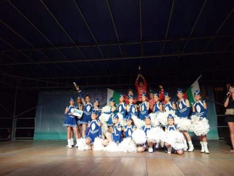 Кърджалийските гвардейци и мажоретки се завърнаха с две купи от фестивал във Хърватска