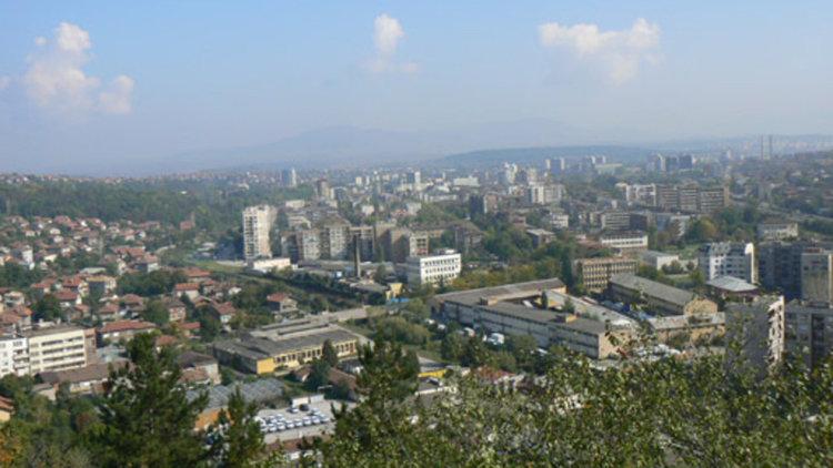Мъж загина след удар на микробус в Перник