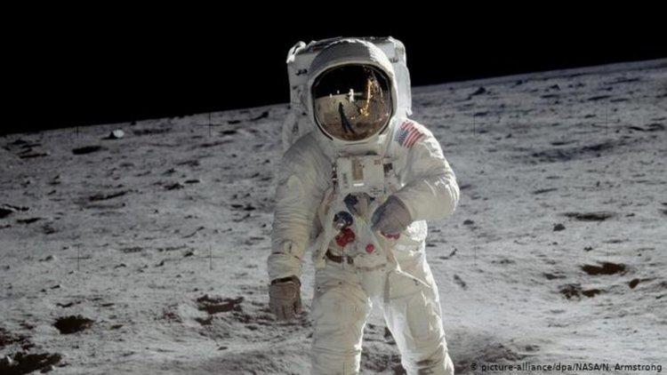 Наистина ли са били на Луната?