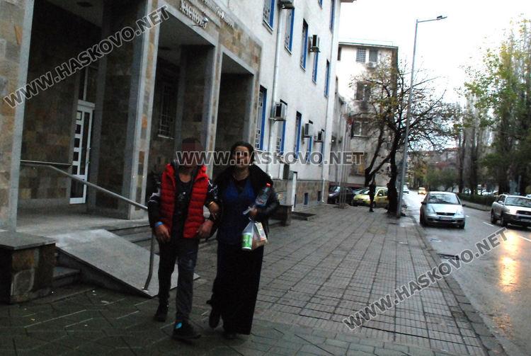 Едното от децата бе освободено днес от Районното управление