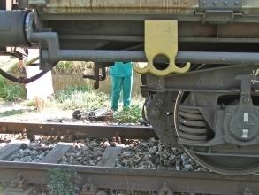 Товарен влак премаза старица