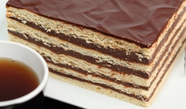 Бисквитен блат за торта