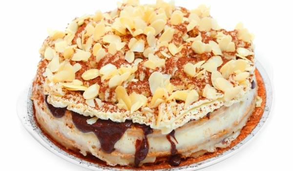 Ябълкова торта със сладко