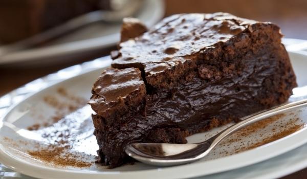 Фина шоколадова торта