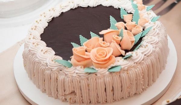Сватбена торта Черно и бяло