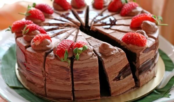 Лесна домашна шоколадова торта