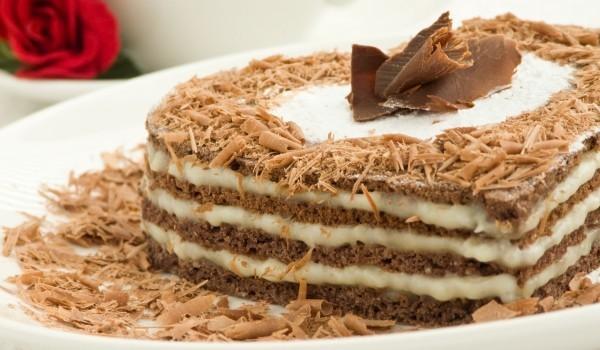 Шоколадова торта в сърце