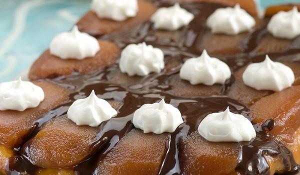 Бишкотена торта със сладко