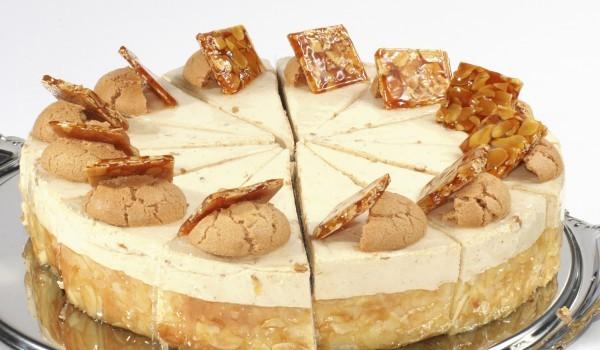 Торта с желатин и вафли
