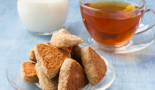 Джинджифилови бисквити с орехи