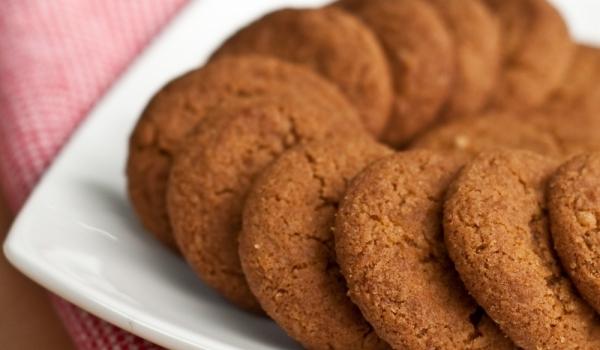 Джинджифилови бисквити с канела