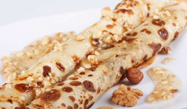 Руски орехови палачинки