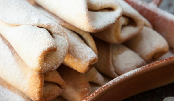Руски пурички с пудра захар