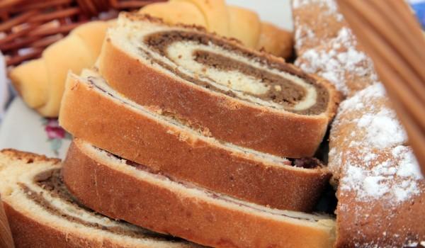 Рула с орехово-какаова плънка