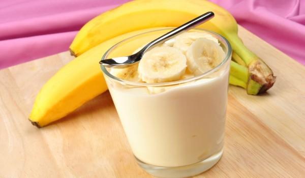 Американски крем с банани и извара