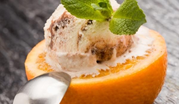 Сладолед с шоколад и портокал