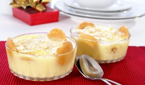Десерт с банани и грис