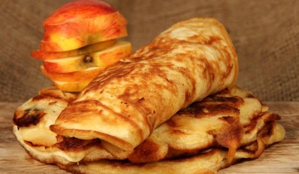 Палачинки с ябълки