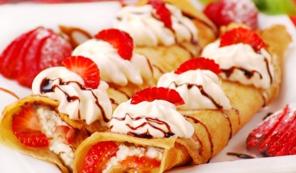 Ирландски палачинки със сметана и ягоди