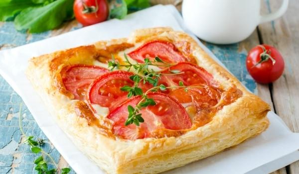 Бутерпити с печени чушки и домати
