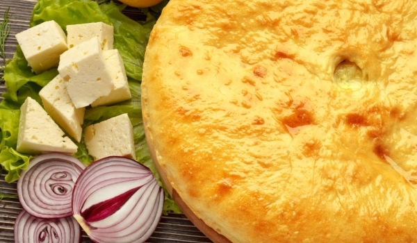Солен пирог