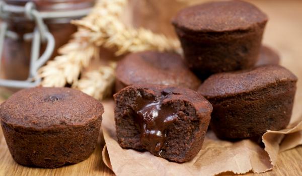 Шоколадови кексчета с течна сърцевина