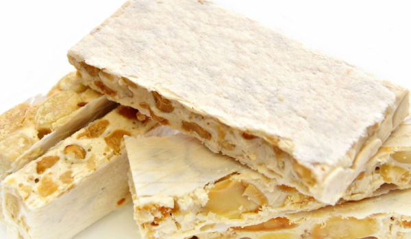 Турска орехова нуга