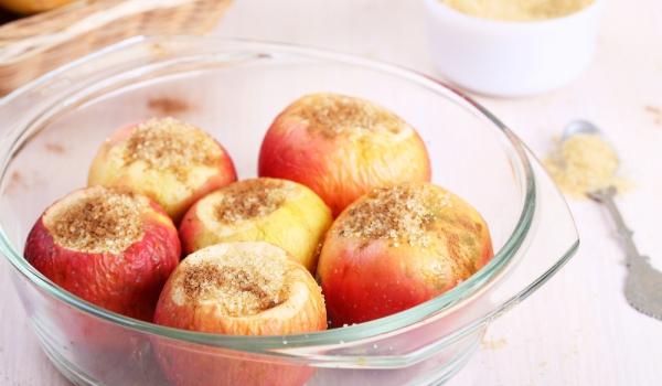 Пълнени ябълки