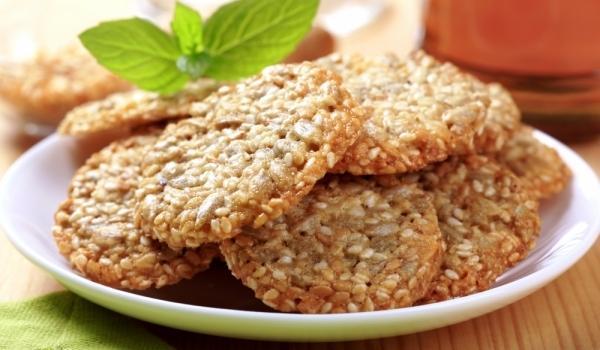 Бисквити със сусам