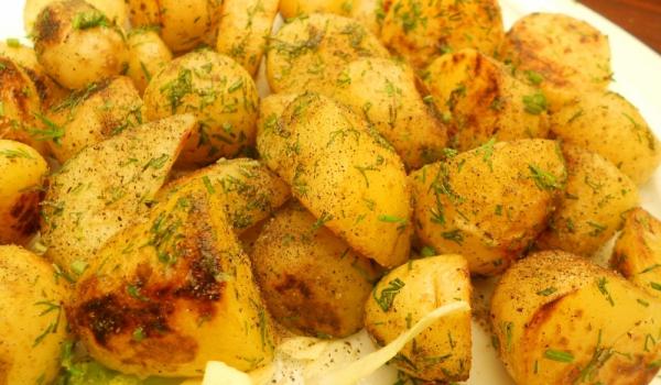 Картофи с джинджифил и чесън