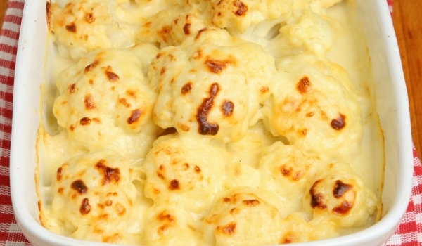 Карфиол с кашкавал и сирене