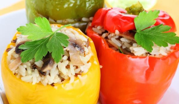 Пълнени пиперки с ориз и гъби